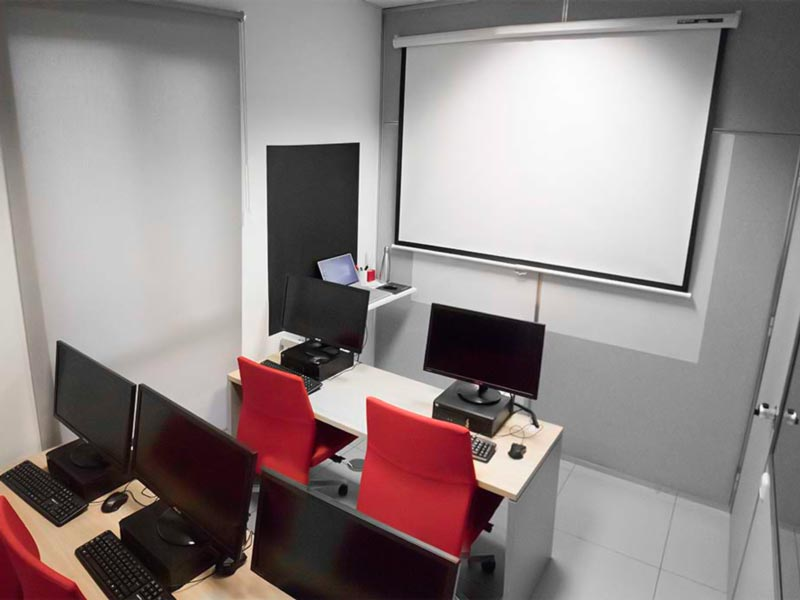 Aula de formación de Caronte Web Studio